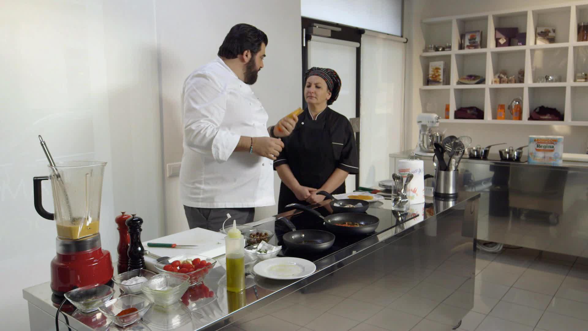 Cucine da incubo italia antonino cannavacciuolo a castiglione delle stiviere con knam dplay - Cucine da incubo cannavacciuolo ...